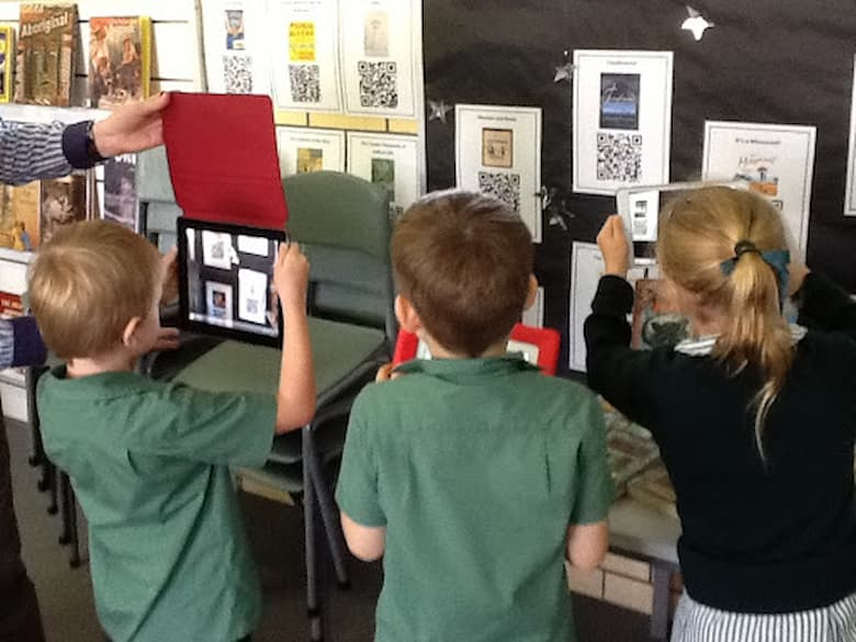 Helping the class interact by using QR Codes in teching